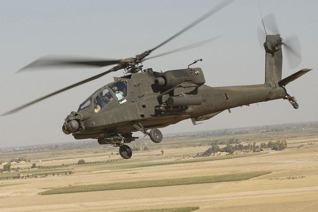 США впервые применили вертолеты Apache для удара по позициям ИГИЛ