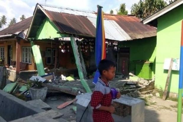 Цунами смыло город в Индонезии: апокалиптическое видео