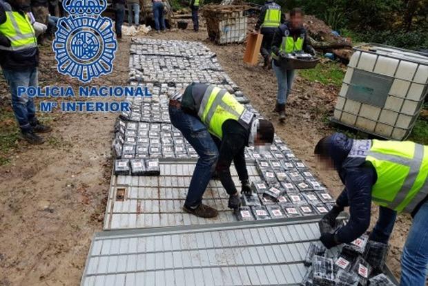 Испанские грузчики развозили по Европе 1,2 тонны кокаина