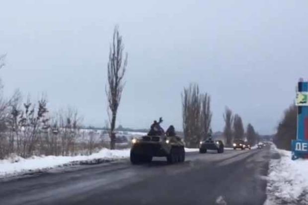 В «ДНР» вернулась военная техника из оккупированного Луганска
