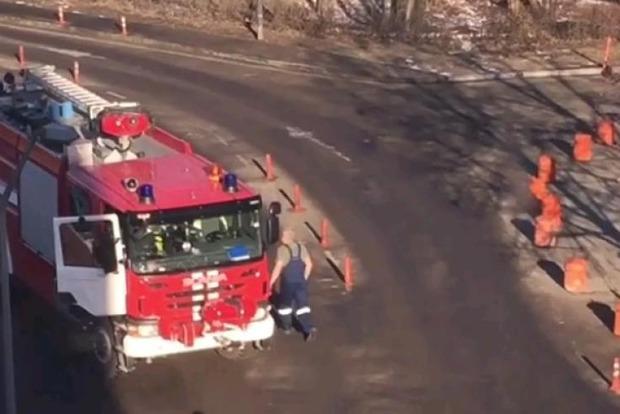 Пожарный, наехавший на восьмерых людей в аэропорту Домодедово, мог быть болен, а не пьян