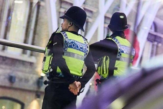 Теракт в метро Лондона: арестован 18-летний подозреваемый