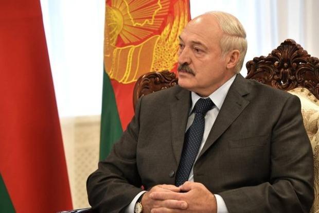 Лукашенко объявил Беларусь ядерной державой
