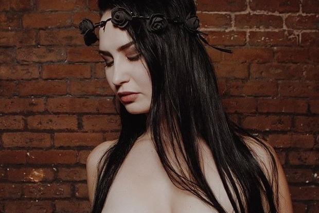 Активистку Femen, пытавшуюся украсть статуэтку, арестовали в Ватикане