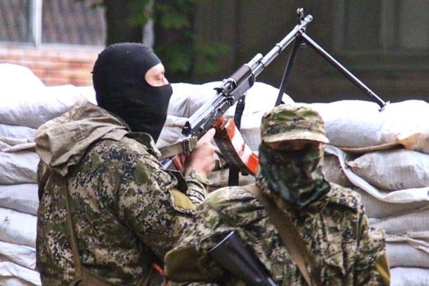 Вчера в районе АТО был уничтожен боевик, восемь были ранены