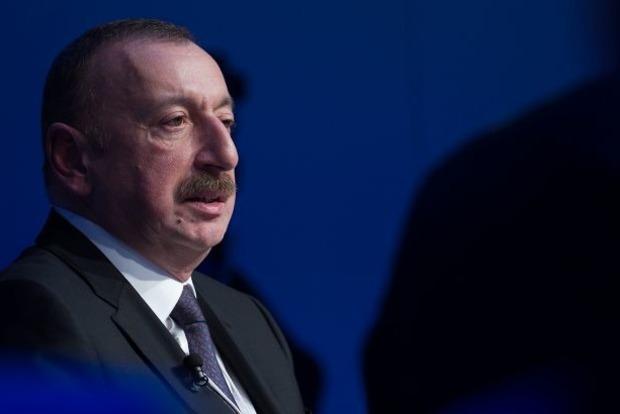 Алиев требует международных гарантий вывода войск Армении с Карабаха
