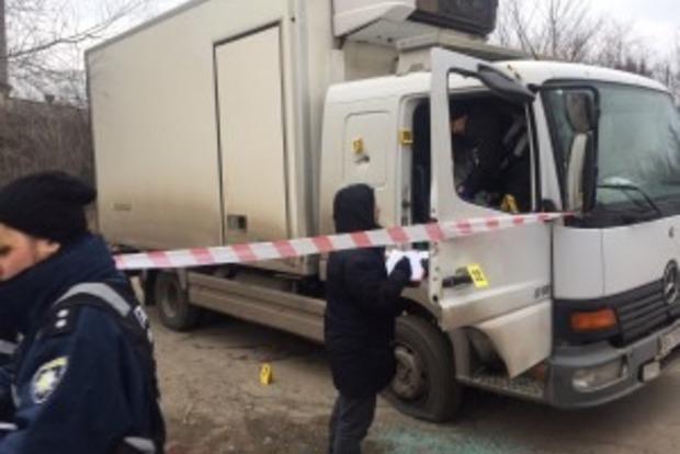 Опубліковані фото з місця нападу на підприємця в Запоріжжі