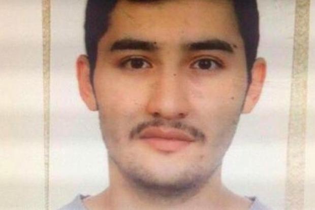 В доме предполагаемого смертника, взорвавшего метро в Петербурге, прошли обыски