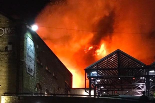 В Лондоне произошел новый крупный пожар