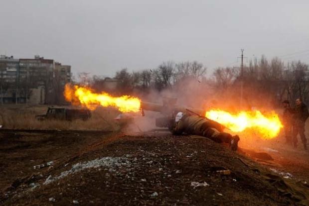 Штаб АТО: Боевики 39 раз за сутки обстреляли позиции ВСУ