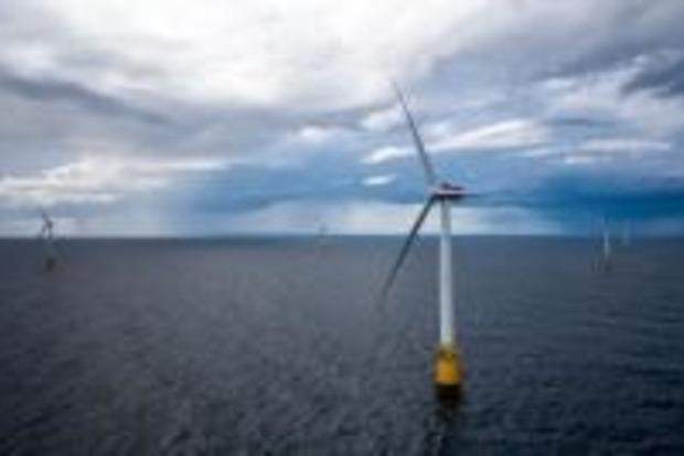 В Шотландии заработала уникальная плавучая ветровая электростанция