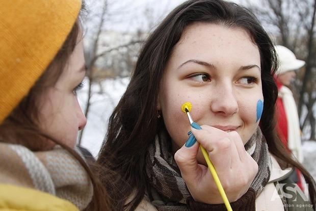 100 лет Соборности: в Киеве создали зрелищную живую цепь