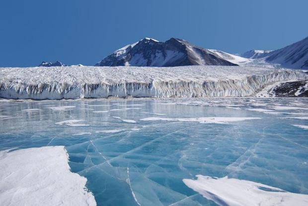 В Антарктиде обнаружены следы древней цивилизации и военная база