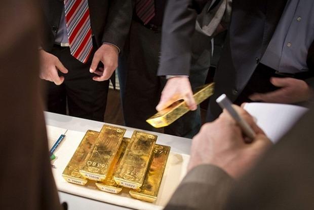 Стабилизацией по банкам