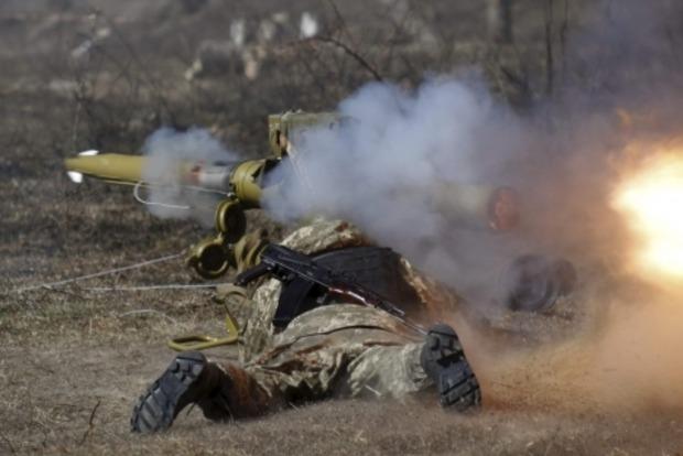 Боевики 43 раза обстреляли позиции сил АТО
