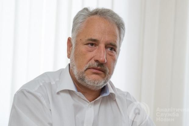 Жебривский: Если будут обстрелы боевиков, то пункты пропуска открываться не будут