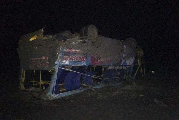 Печальное ДТП наХерсонщине: грузовой автомобиль влетел вавтобус