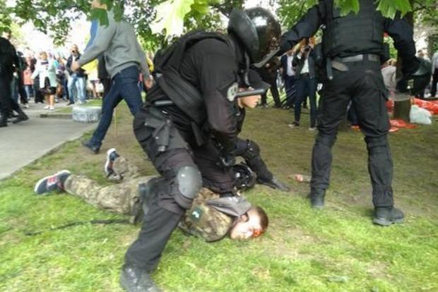 Задержаны семеро «титушек», избивших участников боевых действий в Днипре