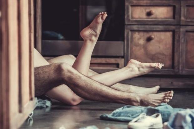 Трудно найти, невозможно забыть: сексологи рассказывают, что делает женщину невероятной любовницей