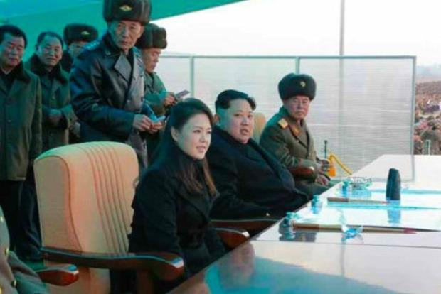 СМИ: жена Ким Чен Ына тайно родила сына