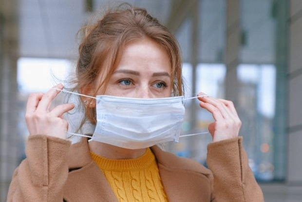 Лікар-вірусолог вважає, що через місяць захворюваність піде на спад, а коронавірус стане звичайним збудником