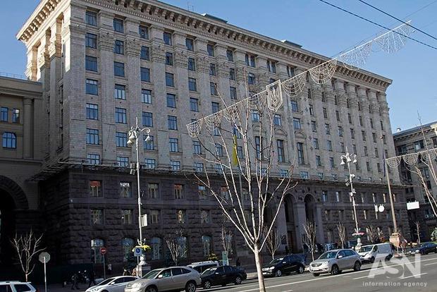 Киевсовет назвал улицы, где будет запрещена парковка