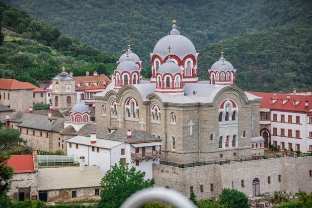 Московский патриархат рассказал о наказании за молитвы в запретных церквях