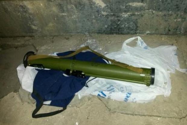 В Киевской области на пути кортежа международной делегации обнаружили гранатомет
