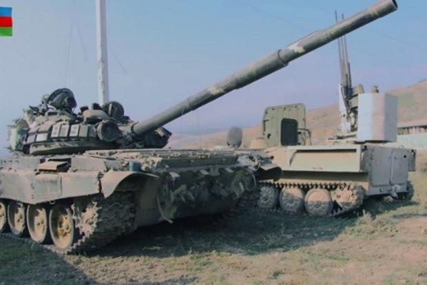 Эксперты проанализировали причины грандиозного провала армянских танков Т-72