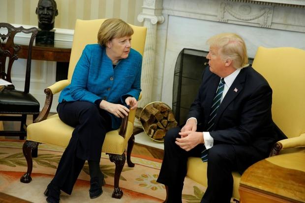 Меркель отказалась быть посредником между Путиным иТрампом насаммите G20