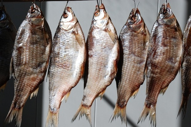 В Херсоне у женщины диагностировали ботулизм после употребления вяленой рыбы