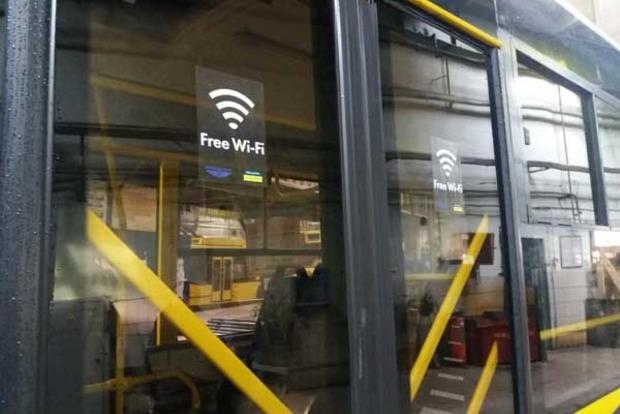Увсьому громадському транспорті Києва до кінця січня з'явиться Wi-Fi