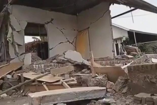 Кількість жертв землетрусу в Індонезії збільшилася до 91 людини