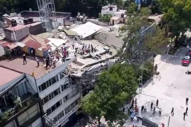 В результате землетрясение в Мексике погибли 89 человек