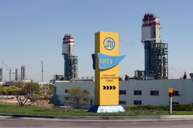 Одесский припортовый завод вновь запустят в работу после 3 месяцев простоя