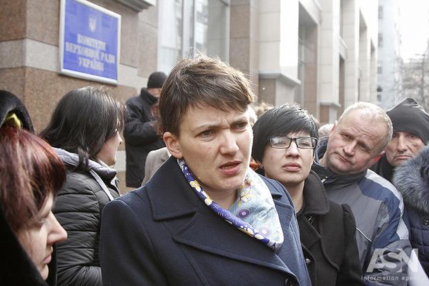 Савченко голосовала синхронно с Оппоблоком против закона о деоккупации