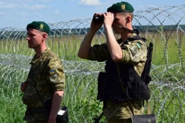 Украинские пограничники пока не подтвердили официального перекрытия пунктов пропуска с Беларусью