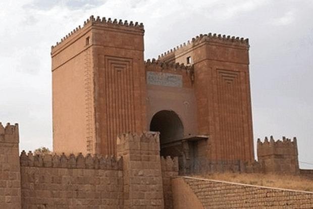 В Ираке боевики «Исламского государства» разрушили «Врата Бога»