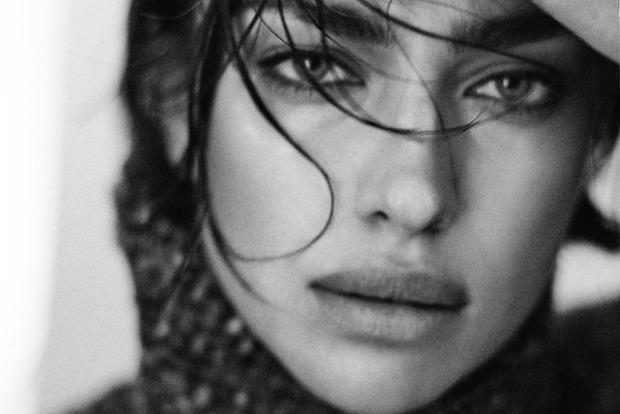 Ирина Шейк без макияжа украсила обложку Vogue