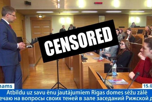 Мэра Риги оштрафовали за общение со школьниками на русском языке