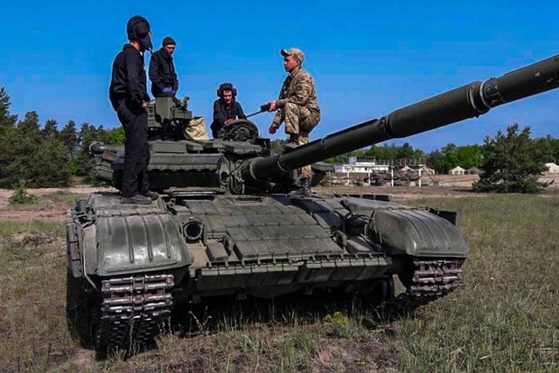 В Украине проходят сборы танковых подразделений НГУ