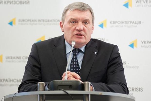 Грымчак: РФ постепенно выводит свое вооружение с Донбасса