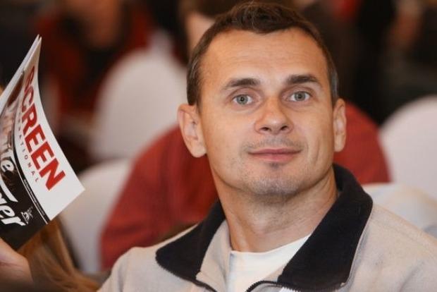 Незаконно осужденного украинского режиссера Сенцова перевели в Иркутск