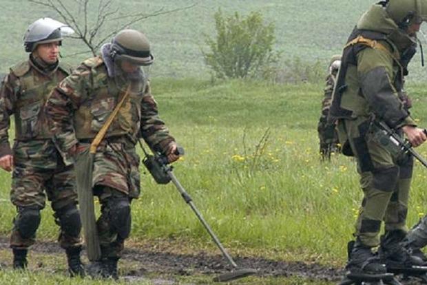 Боевики обстреляли саперов, есть погибшие и раненые