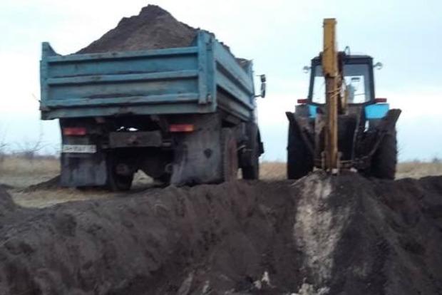 В Донецкой области в национальном парке незаконно сняли верхний слой земли