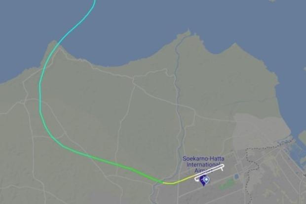 Появились фотографии с предполагаемого места крушения самолета в Индонезии