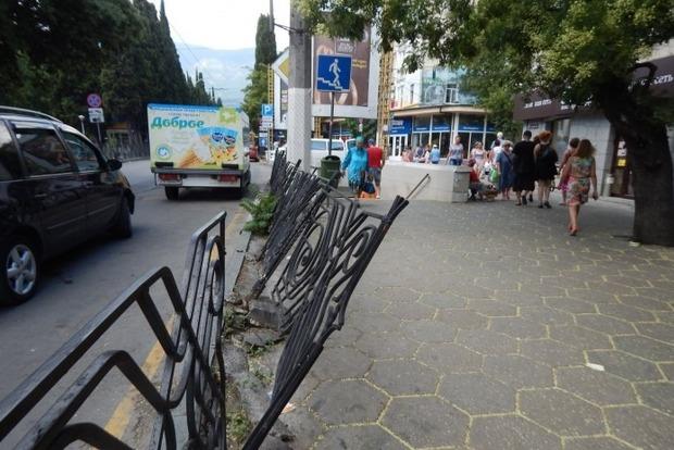 Туристка из РФ в шоке от Крыма: грязь и безумные цены