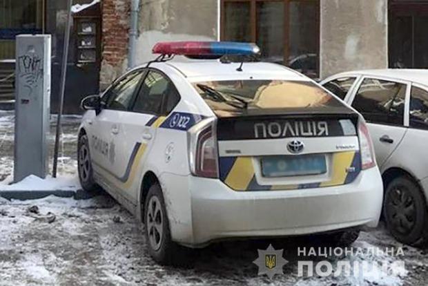 На Прикарпатье мужчина убил мать и повесился