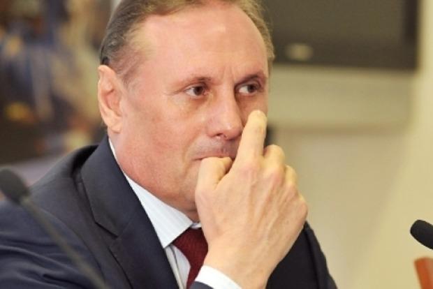 У французского адвоката Ефремова сдали нервы