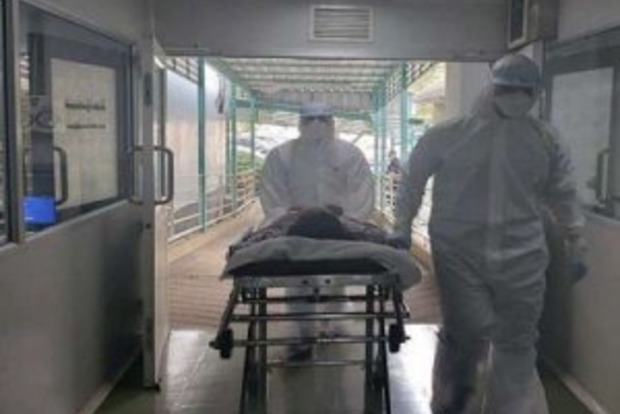 Даже симптомов не было! На Волыни от коронавируса умер 19-летний парень